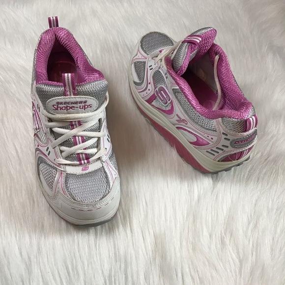 skechers breast cancer shoes